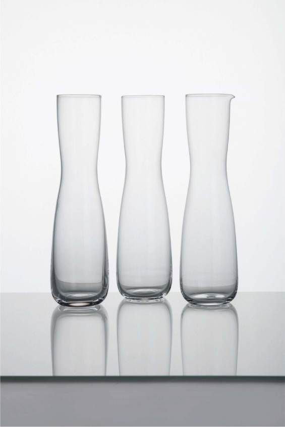 Set of carafe and glasses